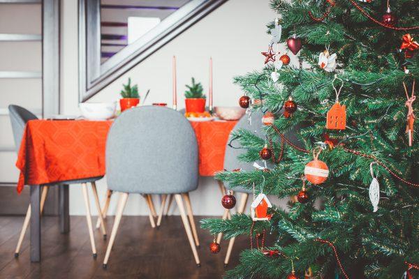 Idée déco Noël : réussir votre table de Noël à petit prix